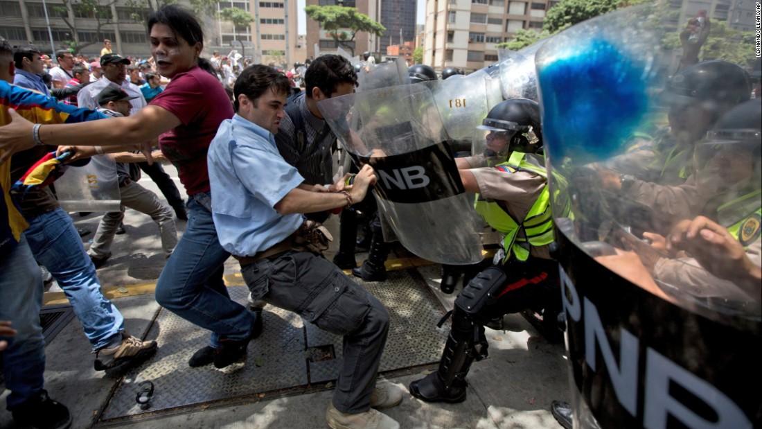 12 pays d'Amérique et l'ONU contre le gouvernement Maduro — Crise au Venezuela