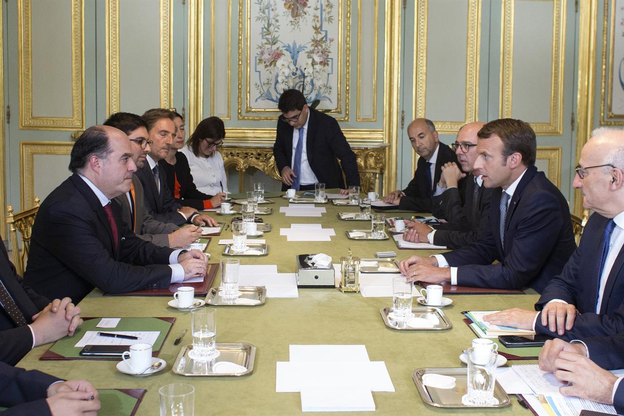 Nicolas Maduro annule sa venue à Genève — Venezuela